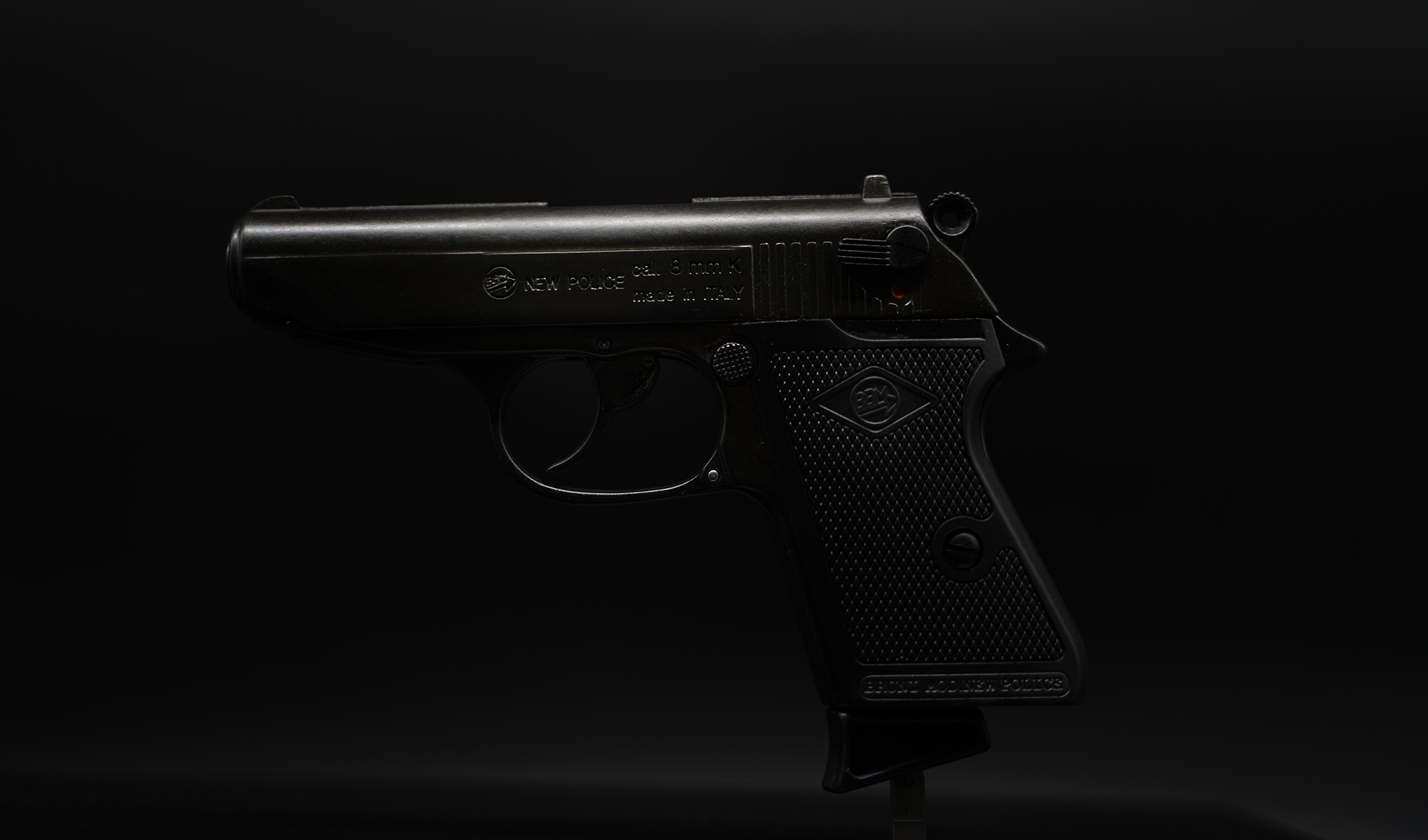 bruni guns new police